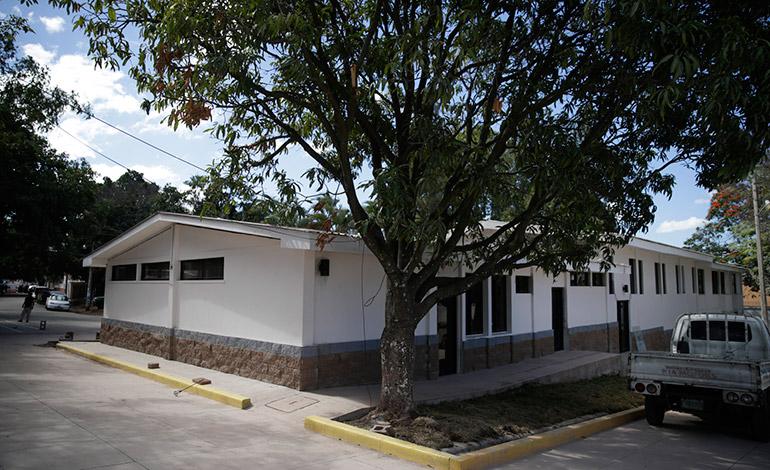 El centro facilitará servicios integrales a mujeres víctimas de la violencia.