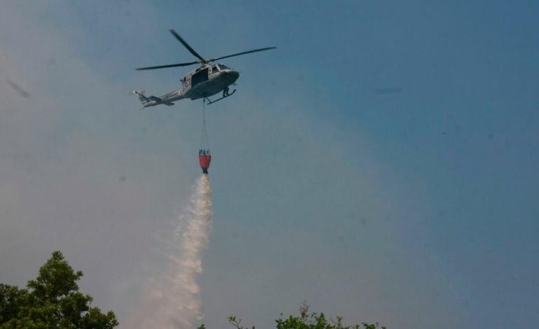 El Comando C-9 cuenta con el apoyo de los helicópteros de la Fuerza Aérea, los que realizan una labor muy importante, especialmente en las zonas más inhóspitas.