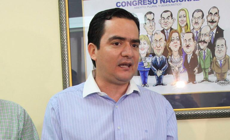 Mario Pérez.