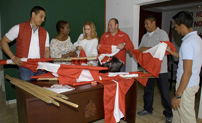 """En el Movimiento Liberal """"Por Honduras, Por Nosotros"""", tiene música, banderas y otras sorpresas."""