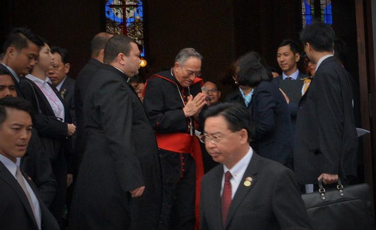 La presidenta Tsai Ing-wen conoció la Basílica de Suyapa en compañía del Cardenal Óscar Andrés Rodríguez Maradiaga.