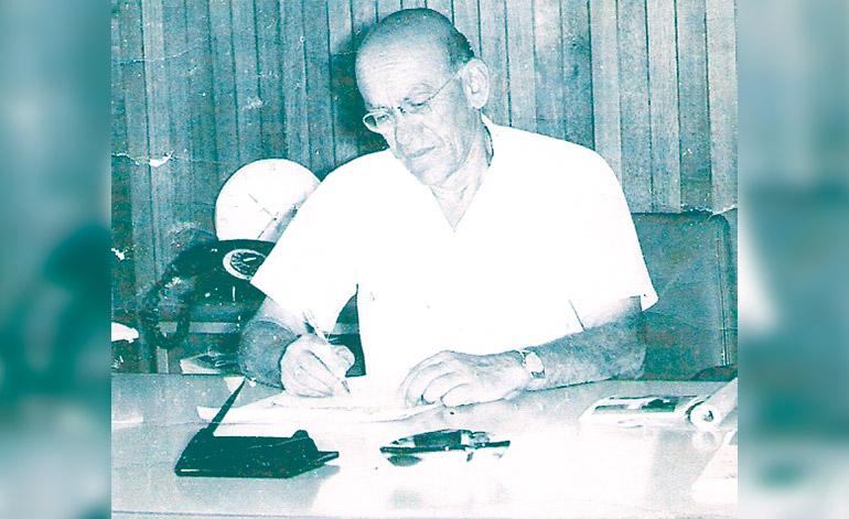 """Don Gabriel Kafaty (QDDG) fundador de la Fábrica de """"Café El Indio""""."""
