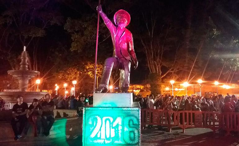 Las campanadas de Comayagua alentaron el turismo y la actividad comercial de la ciudad colonial.