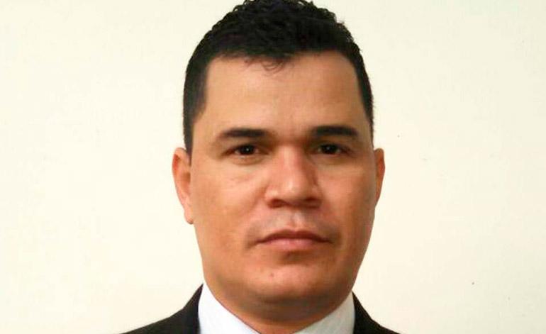 Denis Mauricio Valdez Rodas.