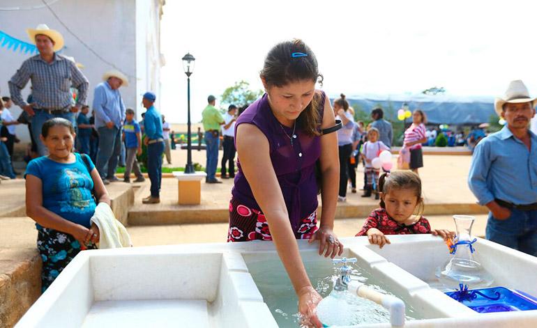 El agua potable también llegó para los pobladores de este municipio del sur de Lempira.