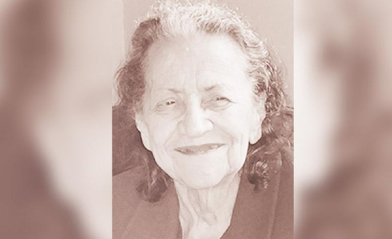 Dra. Martha Raudales de Midence primera médico cirujana de Honduras (1947).