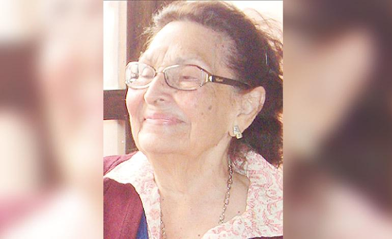 Alba Alonzo de Quezada primera Abogada y Notaria de Honduras  (1950)