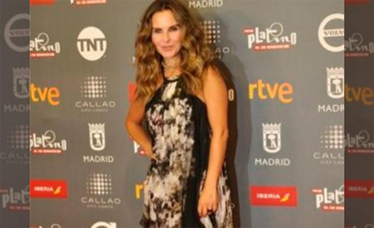 Kate del Castillo pone en alto el cine latino en premios platino