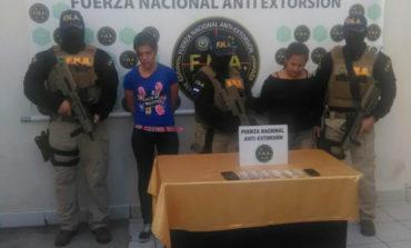 Detenidas dos extorsionadoras