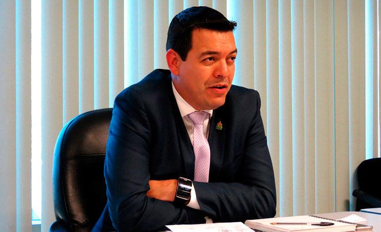 Ministro de trabajo: Conquistas no deben ir contra derechohabientes