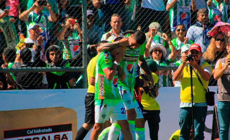 Antigua gana su tercer título en Guatemala de la mano del argentino Tapia