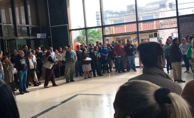 Médicos del IHSS del Barrio Abajo continúan con el paro de labores