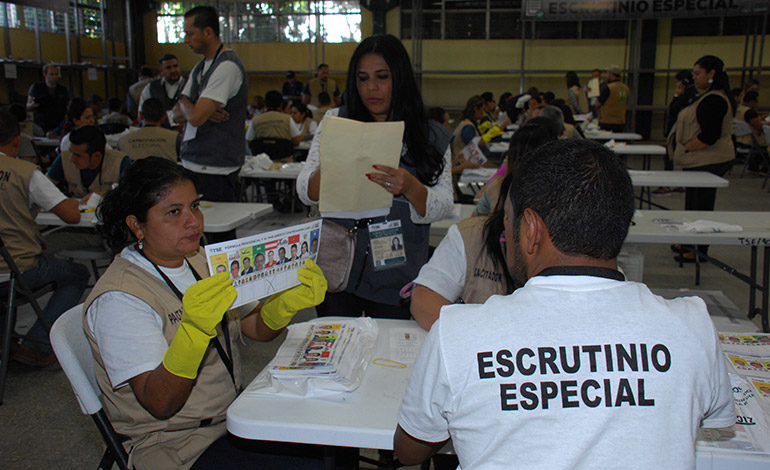 TSE presenta informe oficial de escrutinio especial de 4,753 actas