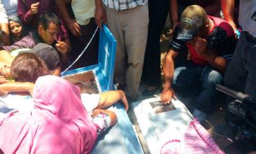 Dolor e impotencia en sepelio de víctimas ultimadas a machetazos en El Paraíso