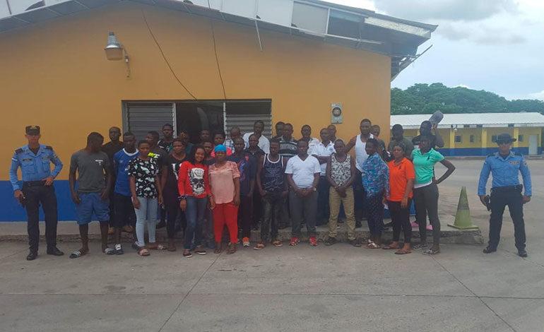 Detienen a 32 migrantes africanos en Choluteca