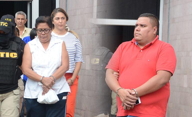 Detención judicial para dos implicados en caso de becas de Salud (Video)