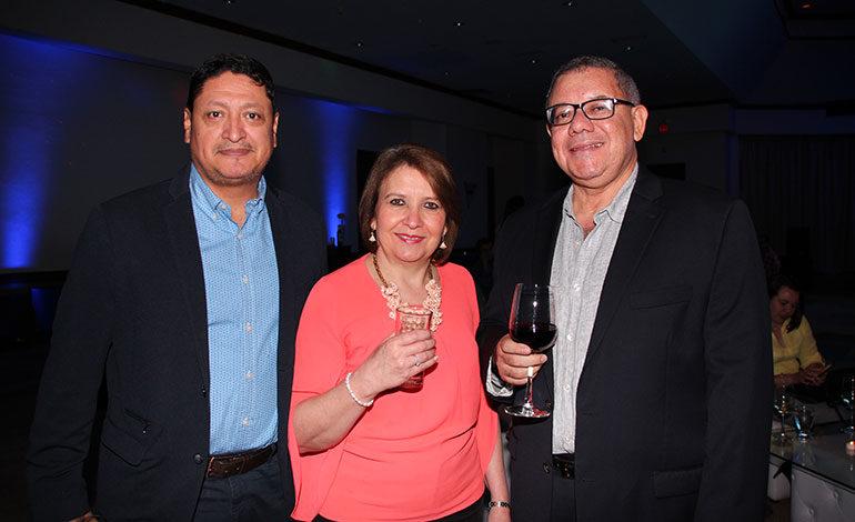 Óscar Mairena, Laura Alvarenga, Luis Aguirre.