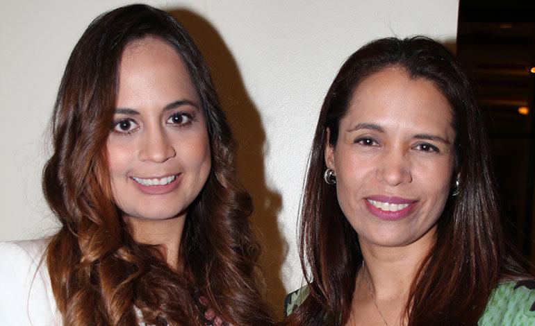 Alejandra Andino y Anny Cárcamo.