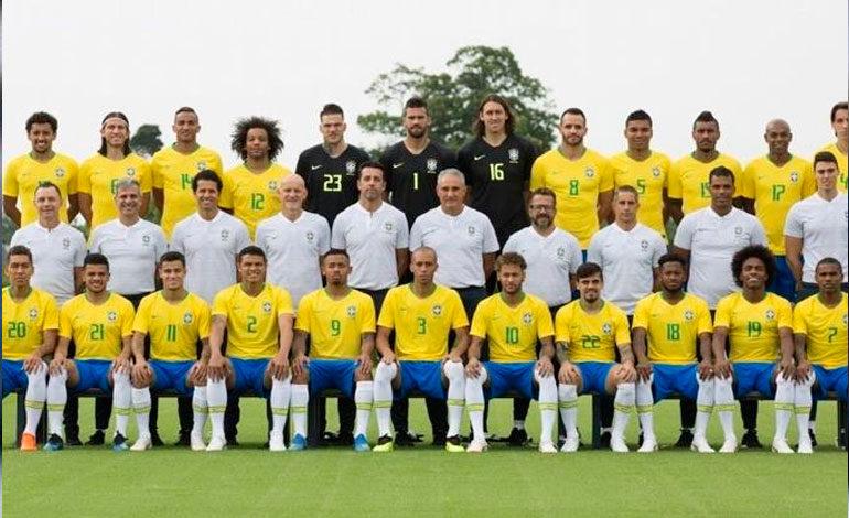 Brasil divulga su foto oficial con los lesionados Fred y Renato Augusto