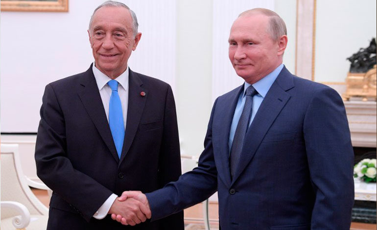 Putin dice a Rebelo que muchos rusos apoyan a Portugal