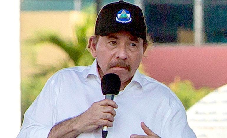 Ortega pide tiempo para reflexionar