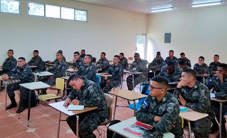 Aspirantes a soldados recibirán seminario en Derechos Humanos