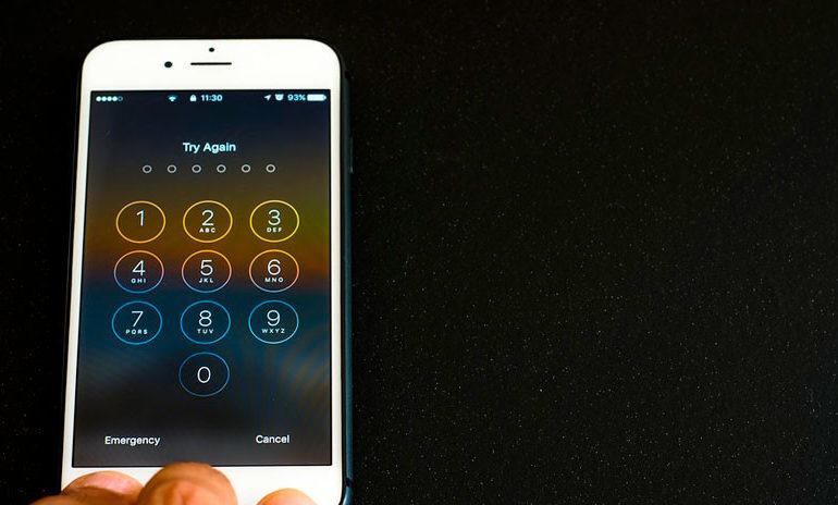 Apple cerrará la brecha de seguridad que usan criminales y policías para acceder a datos personales