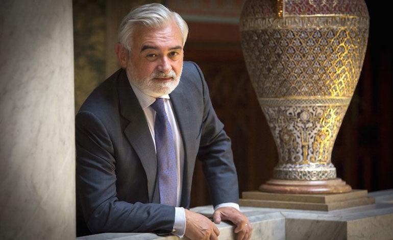Director de la Real Academia Española, Darío Villanueva, llega hoy a Honduras