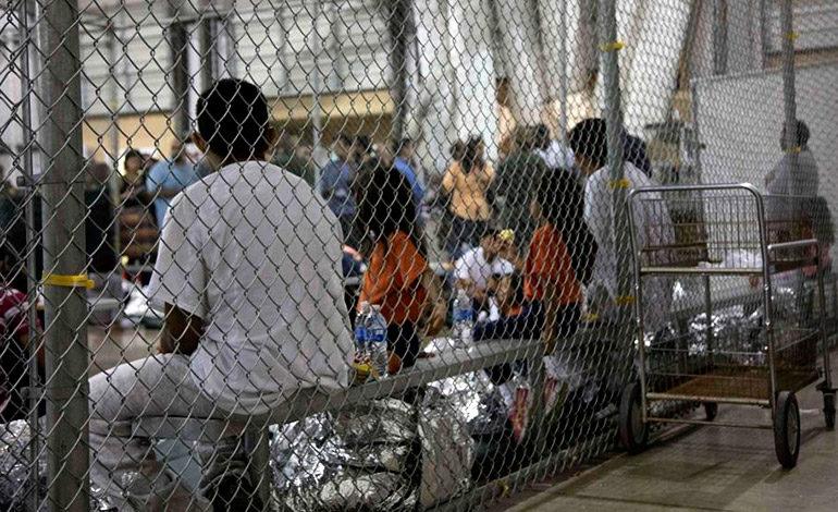 Juez de EEUU suspende deportaciones de familias reunificadas EEUU
