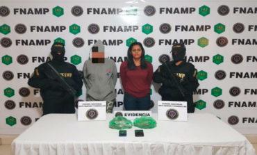 Capturan a dos pandilleras por tráfico de drogas en Comayagüela