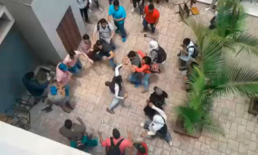 "Universitarios se enfrentan a ""puño limpio"" en la UNAH (Video)"