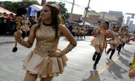 Bastoneras del Instituto Guillen Zelaya se coronan como las mejores de los desfiles