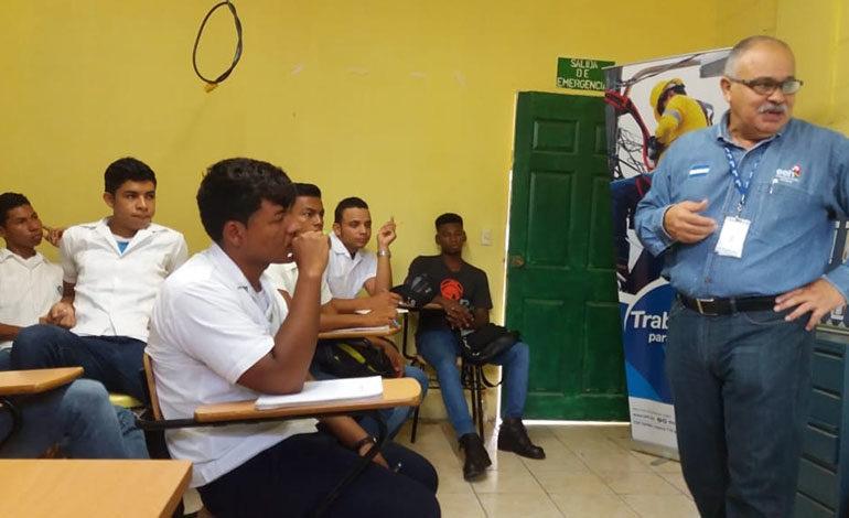 EEH continúa capacitando a jóvenes de instituciones educativas