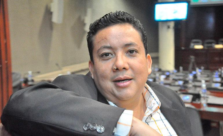 Diputado Fredy Nájera se queda sin abogado defensor