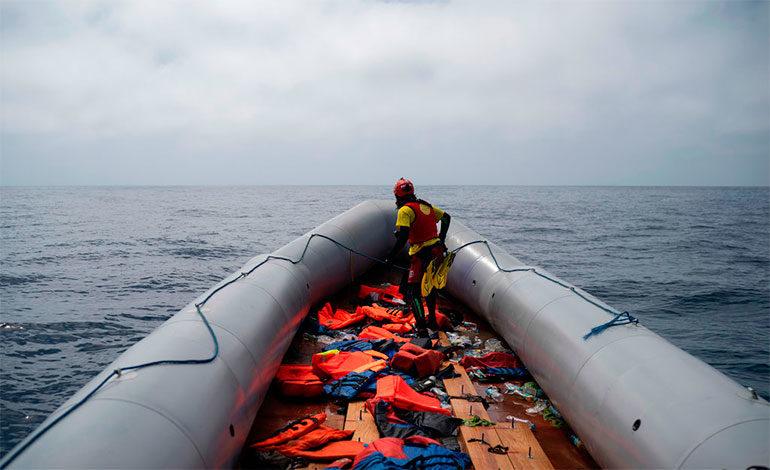 Al menos 47 muertos en el naufragio de un ferri en el lago Victoria
