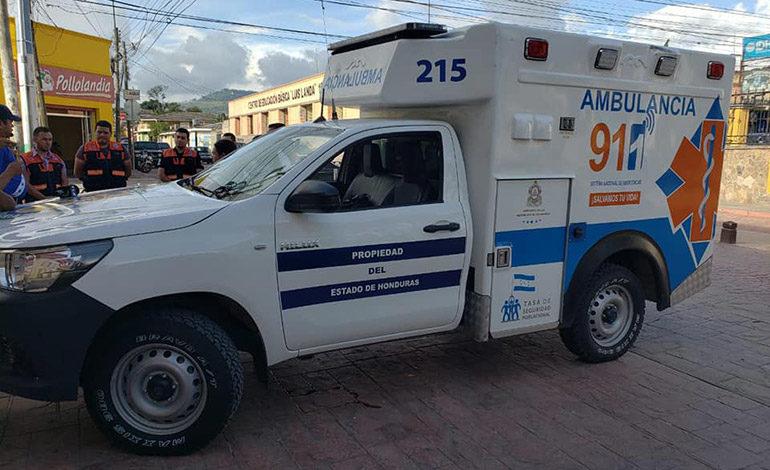 911 entrega ambulancia para atender emergencias