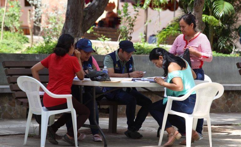 Arsa brinda información a más de mil emprendedores durante la Semana Morazánica