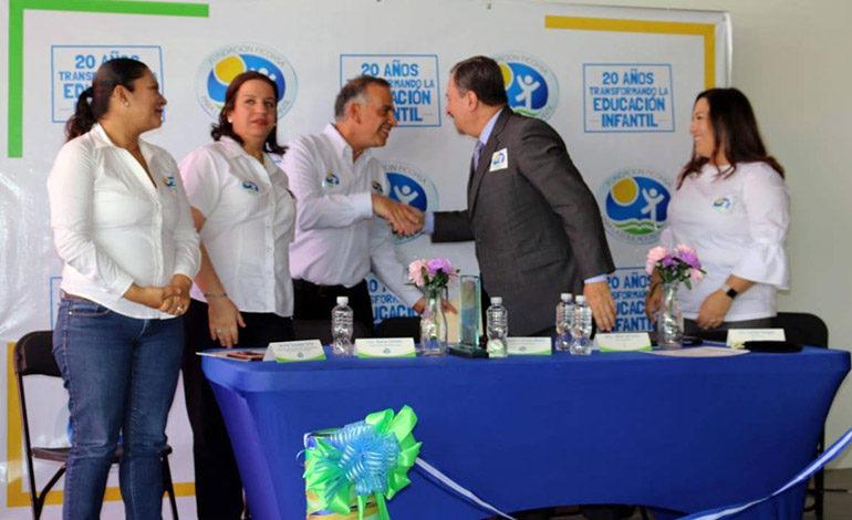 Inauguran centro educativo de excelencia en Tegucigalpa