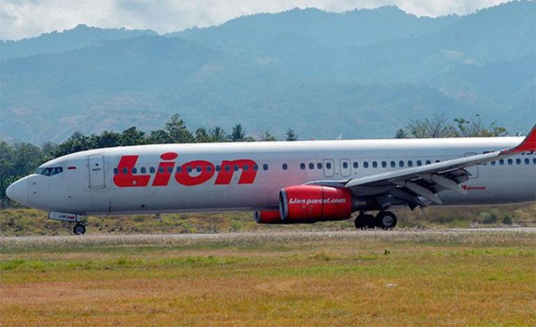 Avión de Lion Air se estrella con 188 pasajeros en mar de Java, en Indonesia