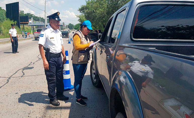 """Mega movilización en Feriado Morazánico, reporta """"cero muertes"""" por accidentes"""