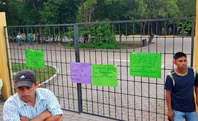 Etnia maya chortí se toma instalaciones del parque arqueológico de Copán