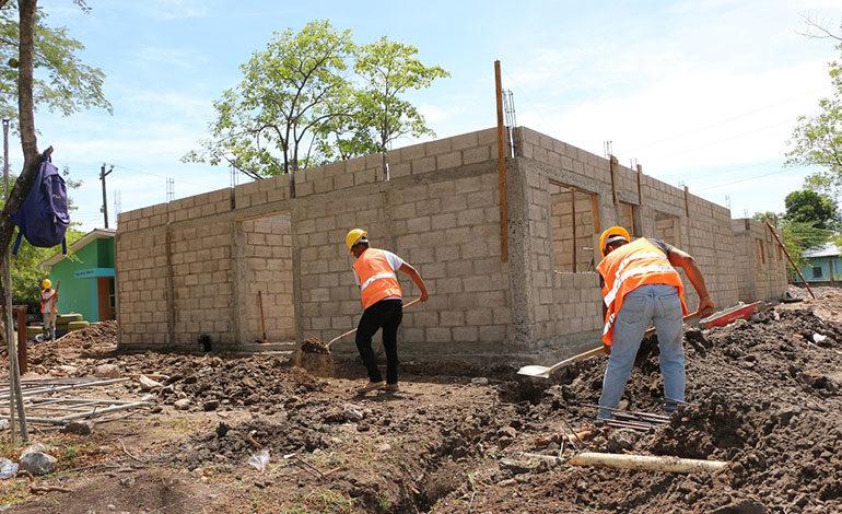 Idecoas tiene 250 millones para reparación de centros educativos