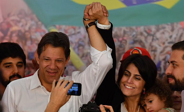 """Bolsonaro promete defender """"la Constitución, la democracia y la libertad"""""""