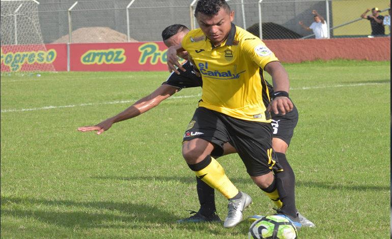 """Real España remonta y """"aplasta"""" al Honduras Progreso"""