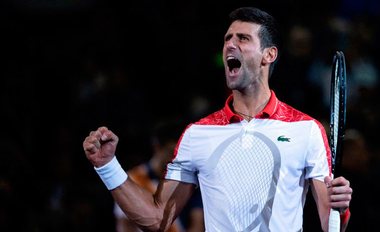 Djokovic reina en Shanghai y se acerca al trono mundial