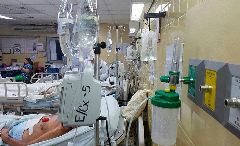 Mantienen amenaza de paro de labores en Hospital Escuela Universitario