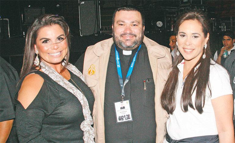 Aletia Ulloa, Carlo Magno Nuñez, Claudia Discua y Juan Antonio.
