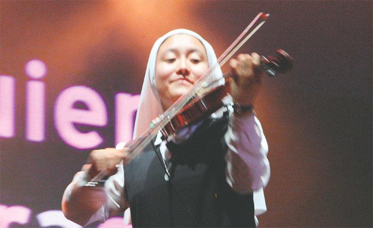 Las artistas deleitaron al público con sus voces y la magistral ejecución de sus instrumentos musicales.