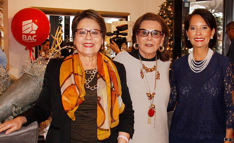 Maybelle Brevé, Isabel de Rivera, Nan de Marinakys.