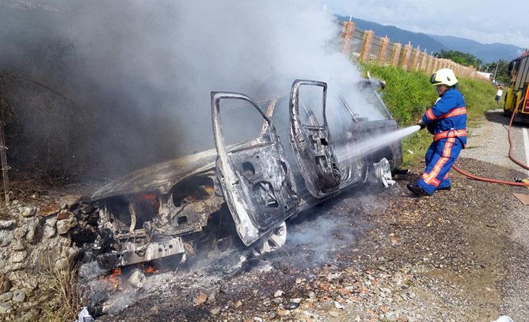 Dos detenidos por quema de vehículo de EEH